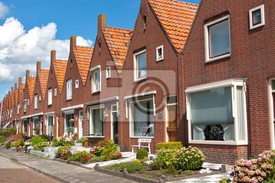 Típicas casas de familia holandesa. Arquitectura moderna en los Países Bajos