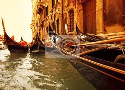 Tradicional paseo en góndola en Venecia