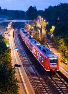 Póster Tren de cercanías de tren breakpoint estación de S-Bahn de la tarde