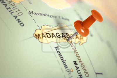 Ubicación Madagascar. Contacto rojo en el mapa.