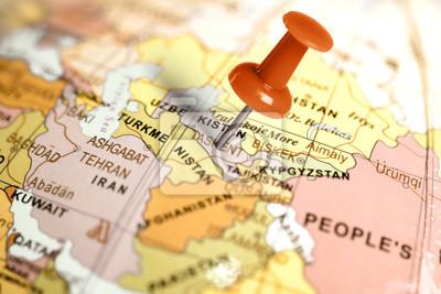 Ubicación Uzbekistán. Contacto rojo en el mapa.
