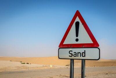 Un signo de arena única en el desierto de Namibia, África