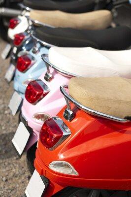 Póster Una línea de ciclomotores / scooters