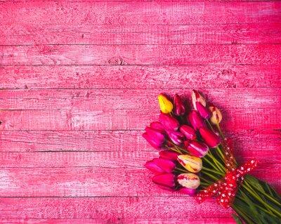 Varios de tulipanes de colores