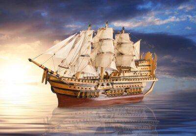 Póster Veliero che naviga all'alba