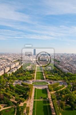 vista desde la torre Eiffel en la famosa Champs de Mars