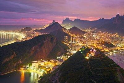 Póster Vista nocturna de Río de Janeiro, Brasil