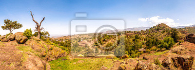 Vista panorámica en las montañas de Lalibela