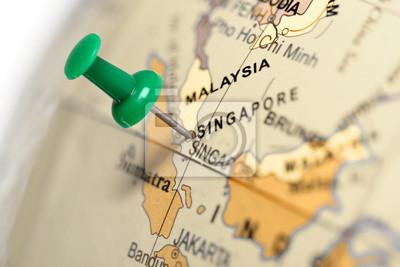 Vivo en Singapur. Pin verde en el mapa.