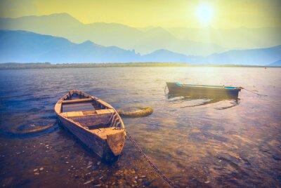 Vinilo Barcos en un río_6