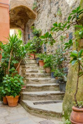 Vinilo Callejón en el casco antiguo de Liguria Italia