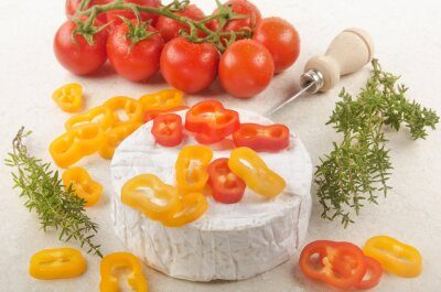 Vinilo Camembert con pimentón, tomate y tomillo