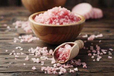 Vinilo Concepto de tratamiento de spa con sal rosa
