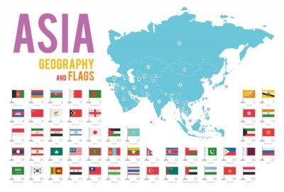 Vinilo Conjunto de 50 banderas de Asia aisladas sobre fondo blanco y mapa de Asia con países situados en él.