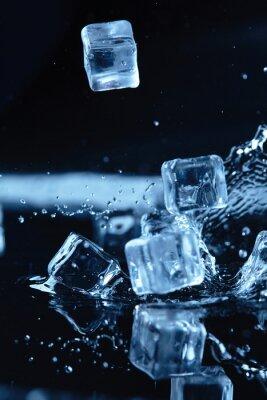 Vinilo Cubos de hielo con salpicaduras de agua