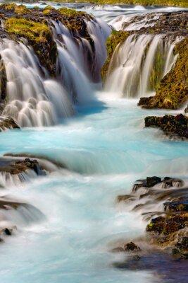 Vinilo Detalle de la cascada de Bruarfoss en Islandia