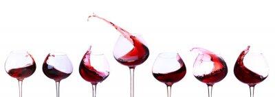 Vinilo El vino tinto aislados en blanco