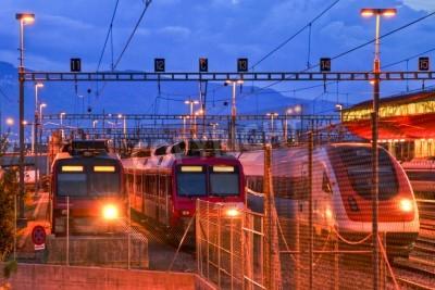 Vinilo Electric train in Geneva rail yard