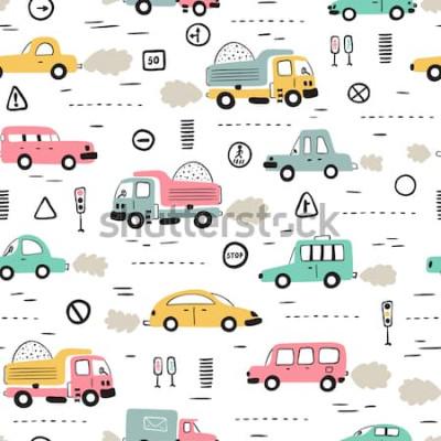 Vinilo Fondo de transporte de dibujos animados para niños. Patrón transparente de vector con doodle coches de juguete y señales de tráfico