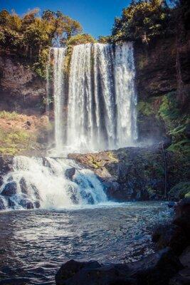 Vinilo Gran cascada hermosa en el parque Dambri, Vietnam