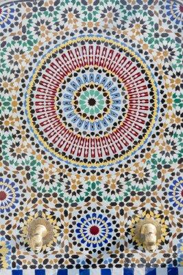 Vinilo Grifo de agua estilo marroquí con mosaico detallado