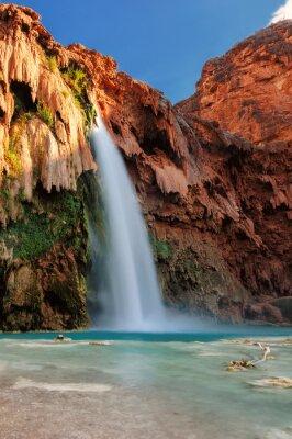 Vinilo Havasu Falls al atardecer, cascadas en el Gran Cañón, Arizona