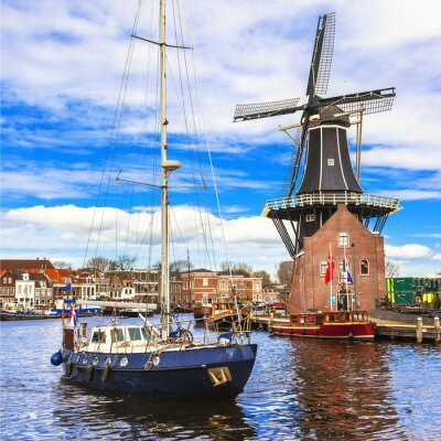 Vinilo Holland, Haarlem' canals. windmill and sail boat