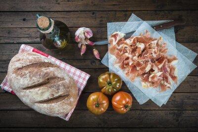 Vinilo Jamón, pan, tomate, aceite de oliva y ajo Para Hacer El Típico pan tumaca español