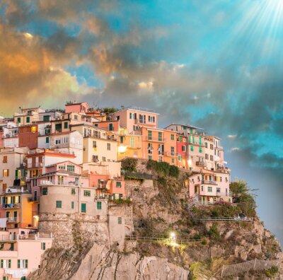 Vinilo Manarola, Cinque Terre. Puesta de sol sobre Cinco Tierras, Italia