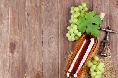 Vinilo Manojo de uvas, botella de vino blanco y sacacorchos