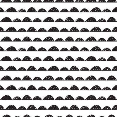 Vinilo Modelo escandinavo inconsútil blanco y negro en estilo dibujado a mano. Hileras estilizadas de la colina. Wave patrón simple para tejidos, textiles y ropa de bebé.