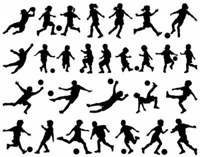 Vinilo Niños jugando vector siluetas de fútbol
