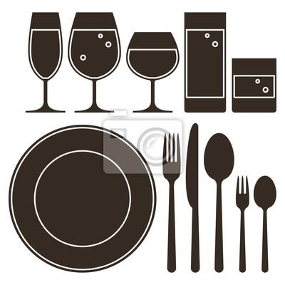 Plato cuchillo tenedor cuchara y vasos para beber for Plato tenedor y cuchillo