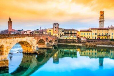 Vinilo Ponte di Pietra en Verona, Italia
