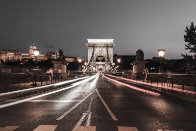 Vinilo Puente de la cadena en la noche