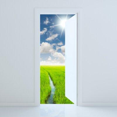 Vinilo Puerta abierta a la belleza campo verde