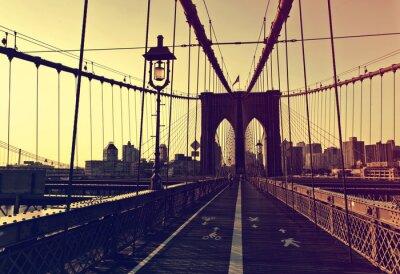 Vinilo Puesta del sol después del resplandor en frente del puente de Brooklyn