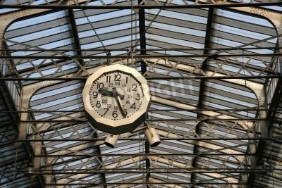 Vinilo Reloj de la estación de tren en París. Gare de L'Est.