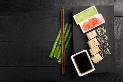 Vinilo Rollo de sushi con pescado