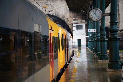 Vinilo Tren en la estación