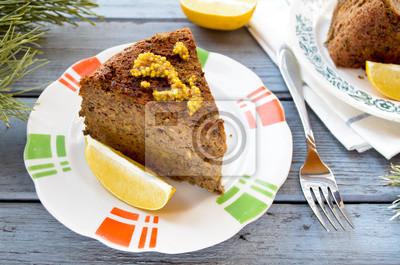Vegetariana pastel de lentejas-hongos con mostaza y limón